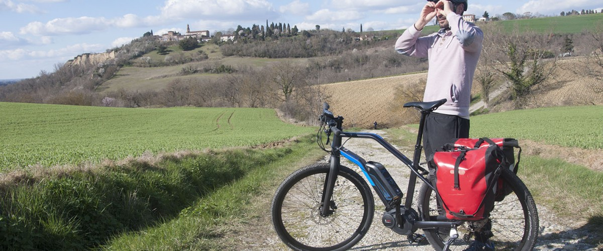 Balade à vélo électrique dans la campagne toulousaine