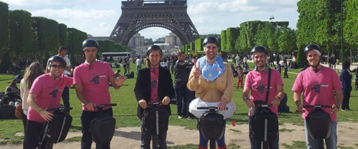 Balade en SEGWAY à travers Paris pour un EVJF/EVG