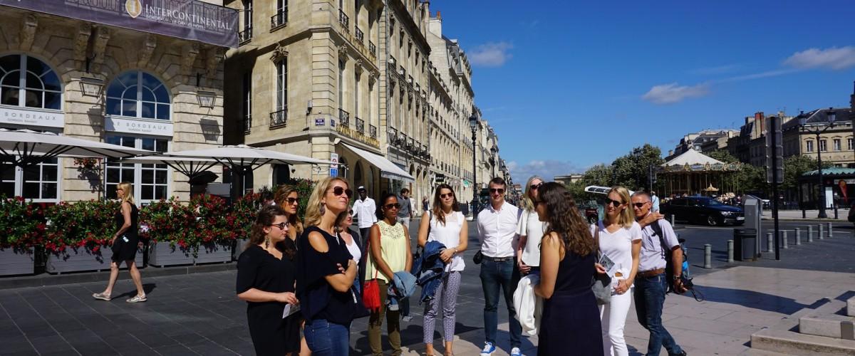 Balade dans Bordeaux ponctuée de dégustations de vins