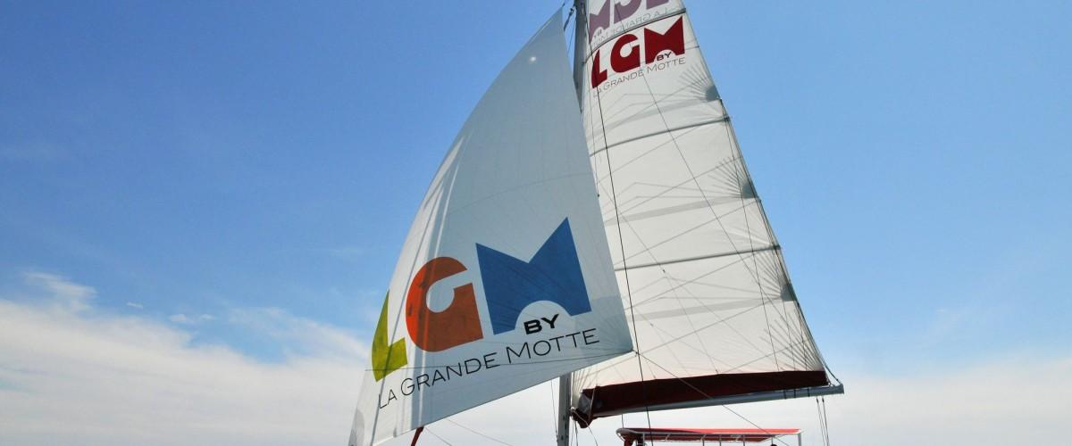 Navigation sur un catamaran et découverte des environs de la Grande-Motte