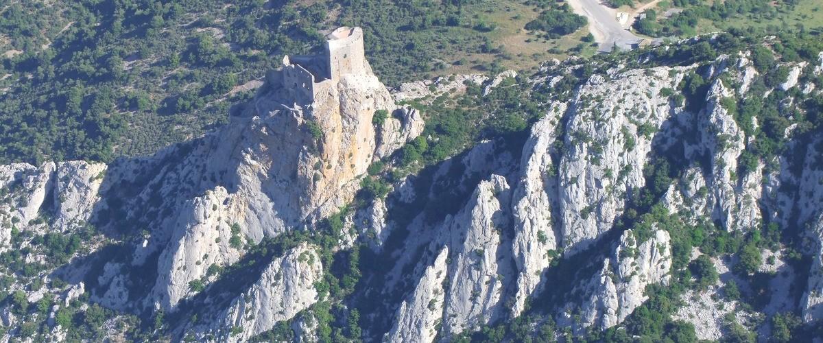 Vol d'initiation au pilotage en autogire au dessus de la côte rocheuse et des Albères