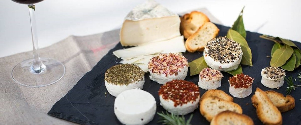 Atelier dégustation de vins & fromages dans le Vaucluse