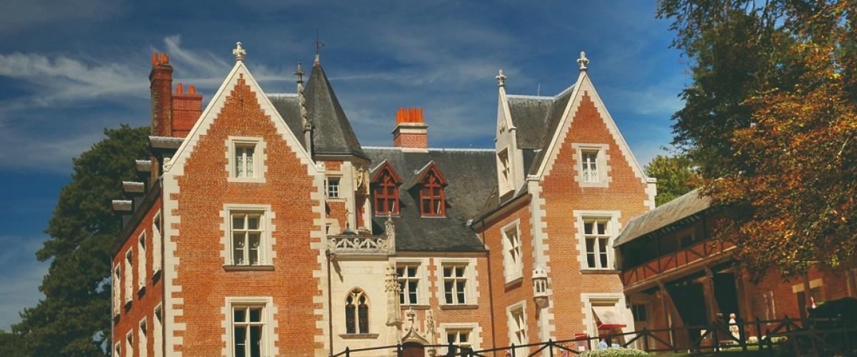 Balade aérienne en hélicoptère en direction des châteaux de la Loire