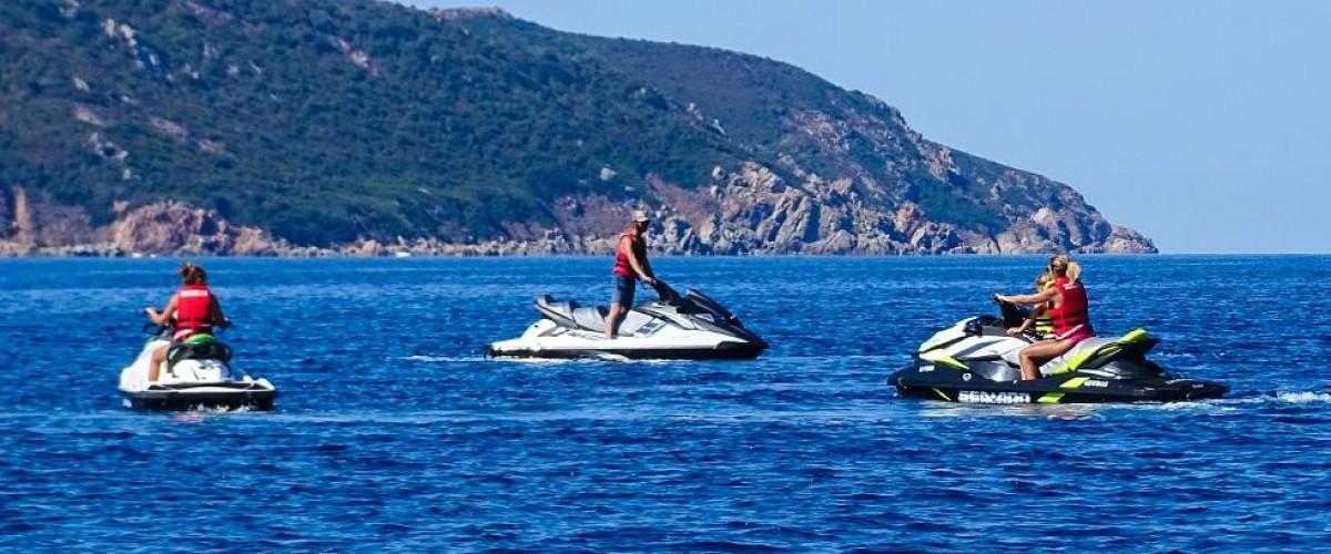 Randonnée en Jet ski : Le Capo Rosso et ses piscines naturelles