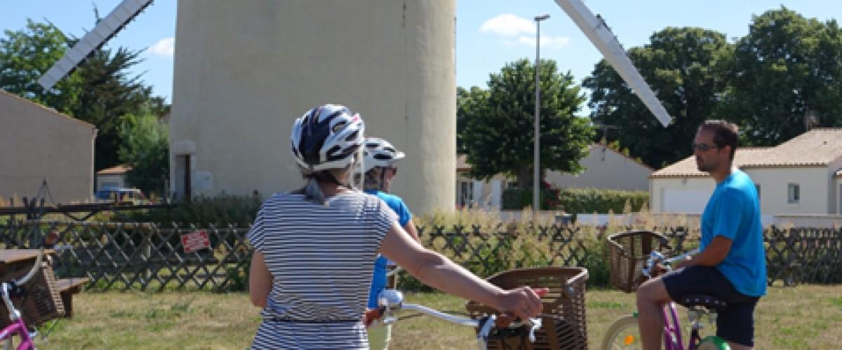 Découverte de la cité de Marans à vélo et en bateau