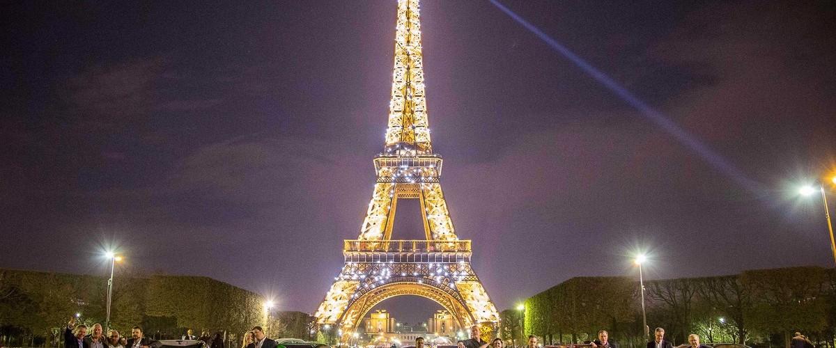 Visite de Paris en véhicules de collection décapotables