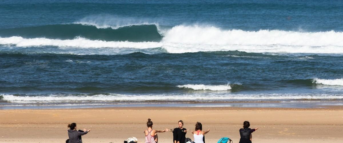 Journée Yoga & Surf dans Les Landes
