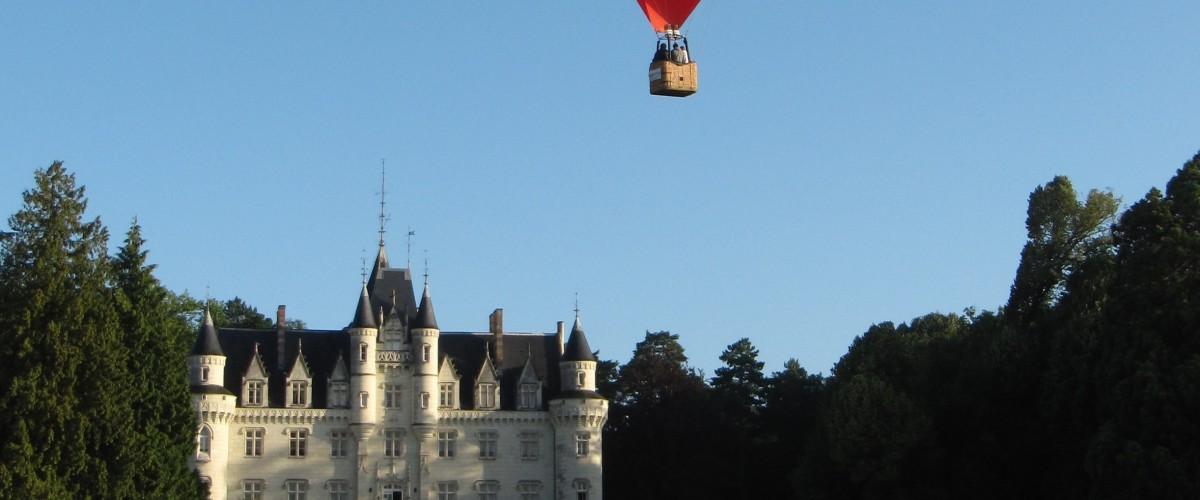 Vol privilège en Montgolfière à Savigny Sous Faye