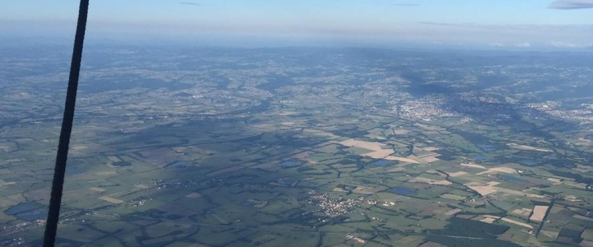 Survol Prestige des Monts du Lyonnais en Ballon
