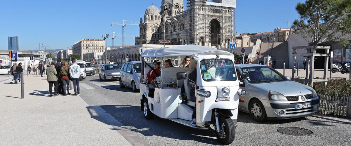 Balade authentique Marseille en TUKTUK