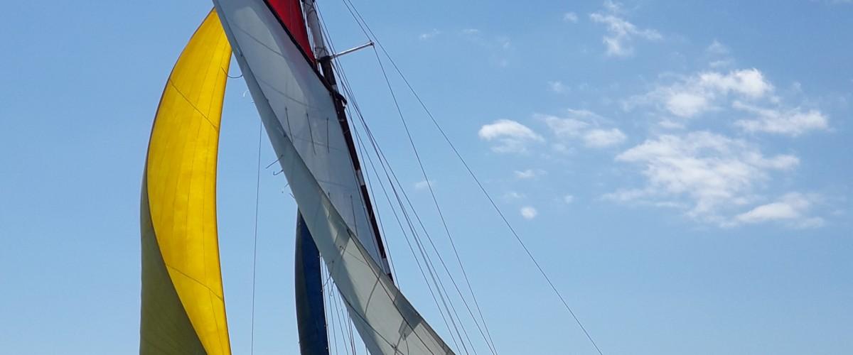 Coucher de soleil dans la Baie de Quiberon en voilier traditionnel