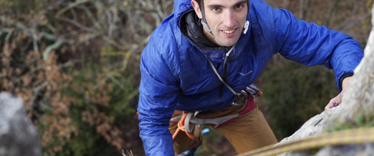 Séance d'escalade en plein air accompagnée d'un professionnel