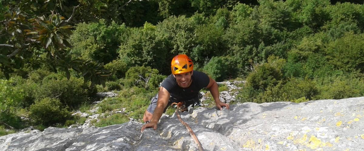 Grande voie en solo avec un moniteur dans les Hautes-Pyrénées