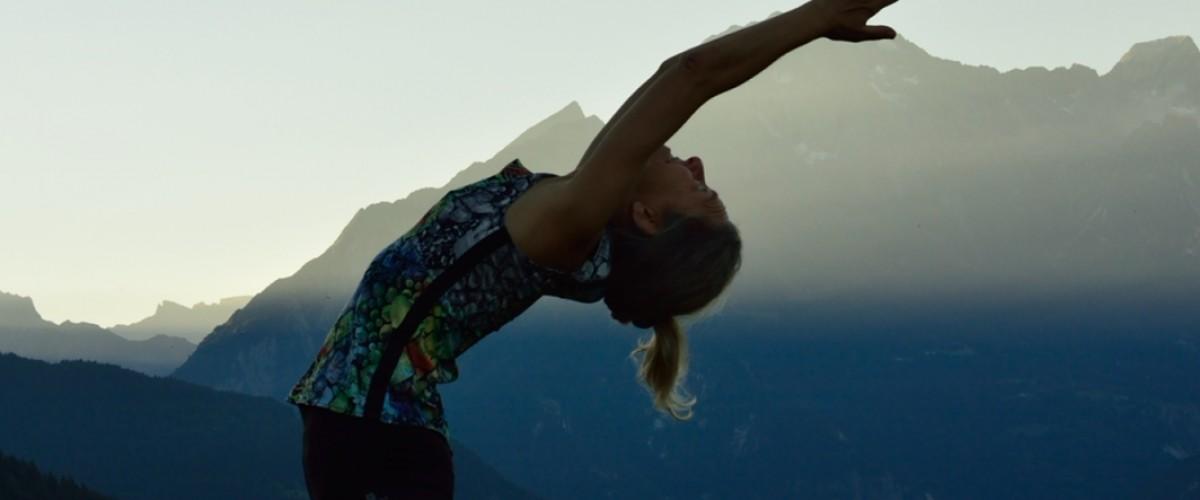 Cours de yoga en plein air au Lac de Tueda