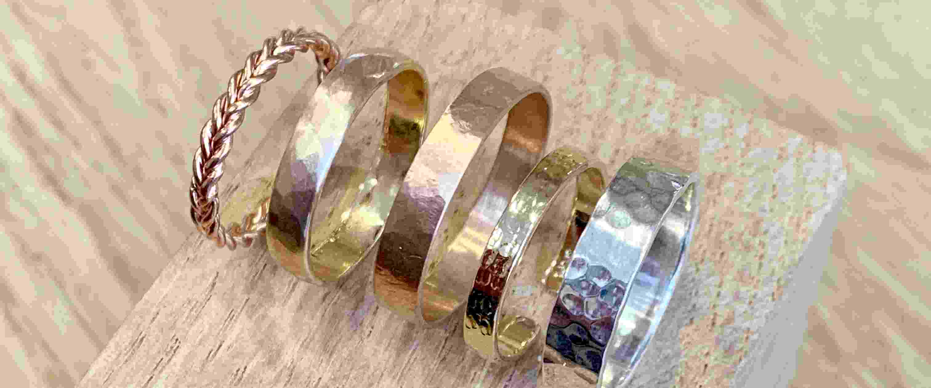 Atelier de fabrication de bijoux en argent ou plaqué or, à Bordeaux